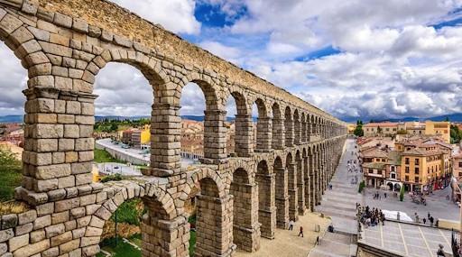 เซโกเบีย (Segovia)